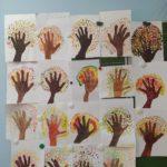 Яркие краски осенних деревьев